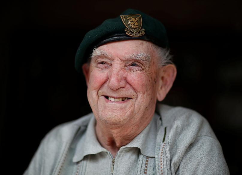 """Video – D-Day, il veterano: """"così corremmo incontro alle mitragliatrici tedesche"""""""