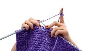 Lavorare a maglia fa bene alla salute: è la scienza a confermarlo