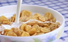 Il latte a colazione fa bene o male? La risposta della scienza