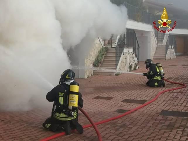Sant Ambrogio Di Valpolicella Incendio Garage Il Faro In Rete
