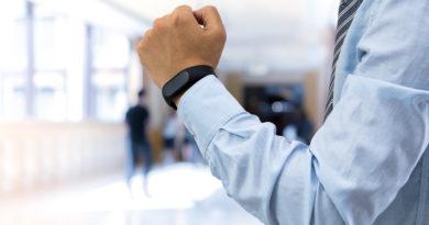 Pronto il sensore indossabile per lavorare mantenendo sempre la distanza di sicurezza